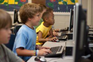 Läs mer om artikeln Den viktiga skolpolitiken