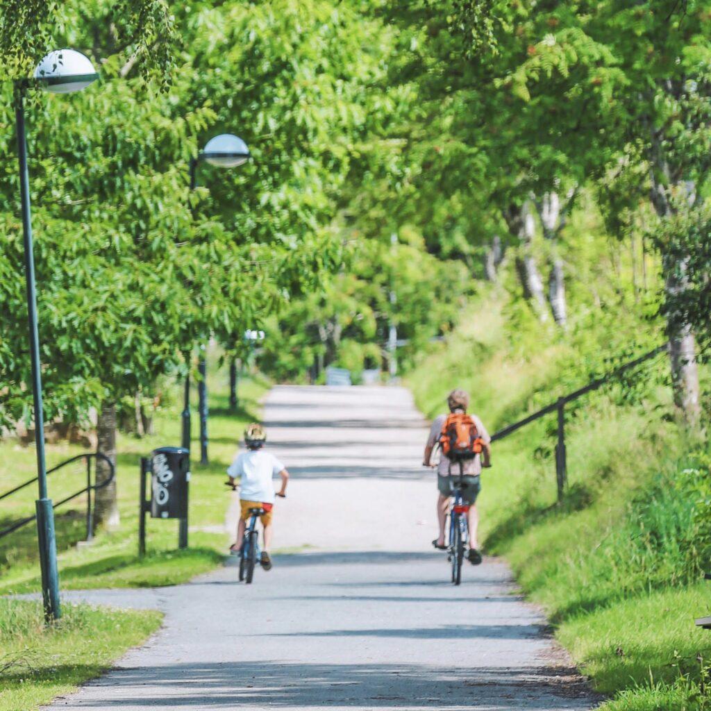 Läs mer om artikeln Det måste bli lättare och tryggare att gå och cykla i Stockholms Län